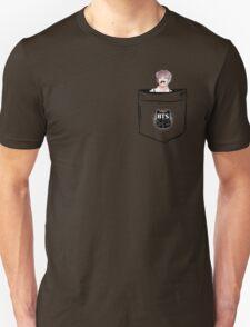 BTS/Bangtan Sonyeondan - Pocket V (Kim Taehyung) T-Shirt