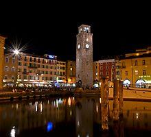 Notte a Riva del Garda by Martina Fagan