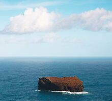 Islet by Gaspar Avila
