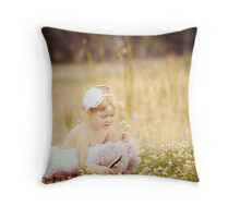 Clover patch Throw Pillow