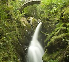Cascading Waters - Aira Force, Ullswater by jd-photography