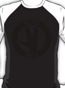 NERDS UNITE - VULCAN SALUTE T-Shirt