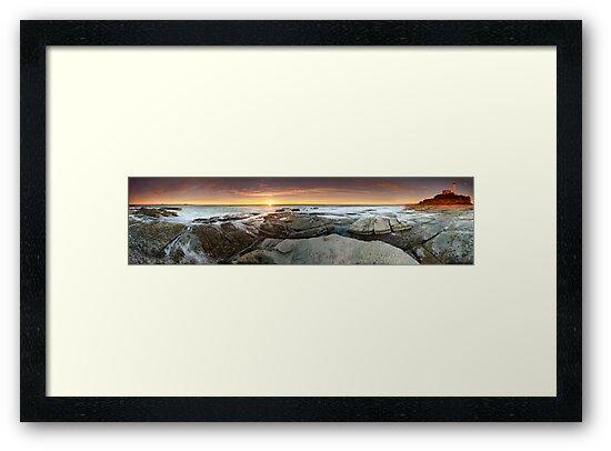 Point Cartwright, QLD - Australia by Jason Asher