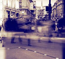 Day and night in Oxford street by Jadetang