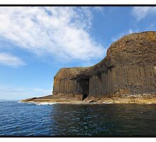 Fingal's Cave Scotland by tracilaw