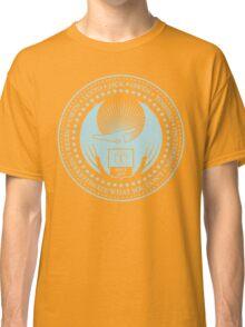 Never Underestimate - Dark Classic T-Shirt