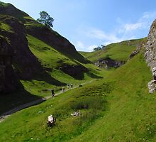 Cave Dale, Derbyshire by wiggyofipswich