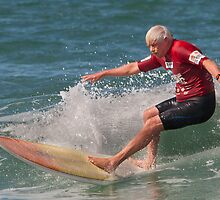 Oldies Surfing by Rodney Wratten