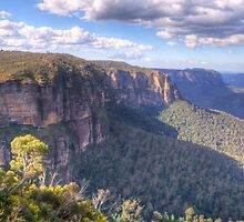 Govetts Leap, Blackheath, NSW Australia - The HDR Experience by Philip Johnson