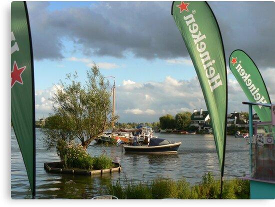 boat&Heineken:) by LisaBeth