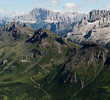 A view to Porta Vescovo & Marmolada by Alessandro Fraracci