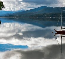 Huon Reflections II by jayneeldred