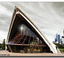 Sydney Opera House by MickOliver