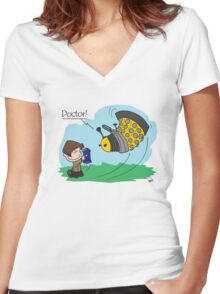 Eleventh Doctor vs a Dalek ... Peanuts Style Women's Fitted V-Neck T-Shirt