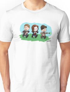 Eleventh Doctor and the Ponds ... Peanuts Style Unisex T-Shirt