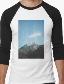 Mountains in the background VIII Men's Baseball ¾ T-Shirt