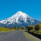Mount Egmont ( Taranaki) New Zealand by yurix