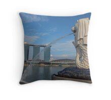 singapore merlion Throw Pillow