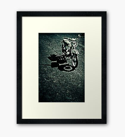 Schwalbe of the manufacturer Simson - Study 3 Framed Print