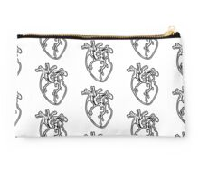 Queen of Hearts Studio Pouch