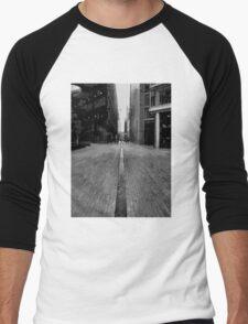London Enbankment Buildings Men's Baseball ¾ T-Shirt