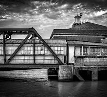 Tilbury Riverside Station by timmburgess