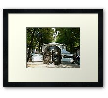chinese statue2-confucius lee Framed Print