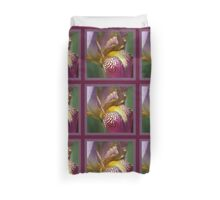 Bearded iris Mary Todd Duvet Cover