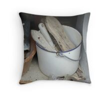 Retro cleaning bucket Throw Pillow