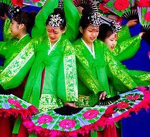 Korean Fan Dance by elky
