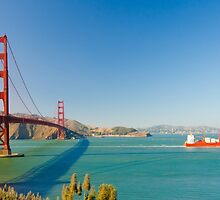 Golden Gate Bridge on a bright clear blue sky day by juat