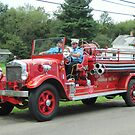 1929 Buffalo fire engine, Farnham Fire Department by Ray Vaughan
