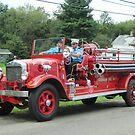 1929 Buffalo fire engine, Farnham Fire Department by Ray Vaughan