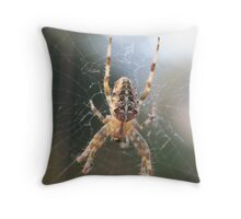 Just hang'n around Throw Pillow
