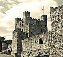 Black and white, Rochester Castle Walls, Rochester, England by pikeypaddy