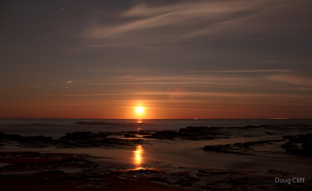 Moonrise  Turimetta beach 13/09/11 by Doug Cliff
