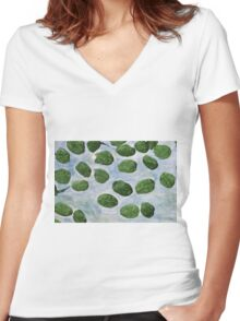 Impression Lilly Pads Women's Fitted V-Neck T-Shirt