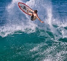 Pipeline Surfer 7 by Alex Preiss