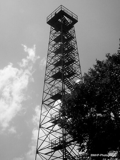 Big Walker Lookout Tower by Mechelep