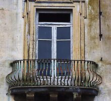 Old Splendour by Hollyis