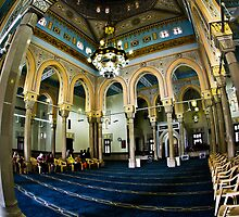 Jumeriah Mosque Interior by Chris Cardwell