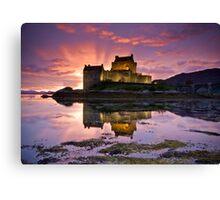 Scotland: Eilean Donan Castle Canvas Print