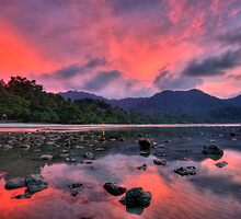 Langkawi dusk by AngiNelson