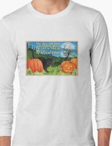 When Black Cats prowl on Halloween Long Sleeve T-Shirt