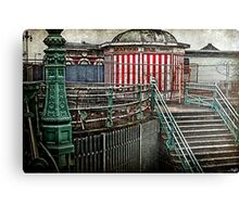 bRIghTON gRUNgE Canvas Print