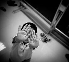 Hands by theBottstar