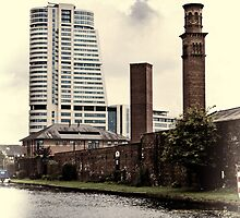 Bridgewater Place, Leeds. by Colin Metcalf