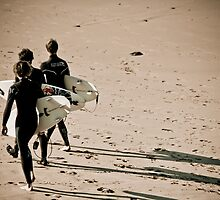 Surfers - Phillip Island by Megan Gardner