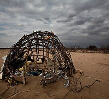 Abandoned Hut, Wajir by morealtitude