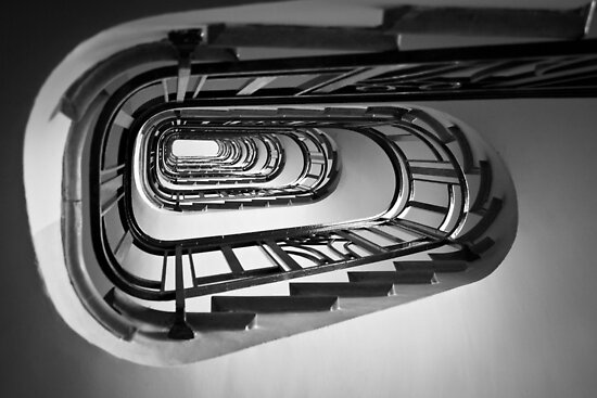 Parisian staircase by SylBe